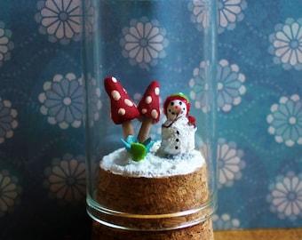 Original OOAK Miniature Handmade SNOWMAN SCENE under Glass Dome N Woolmer