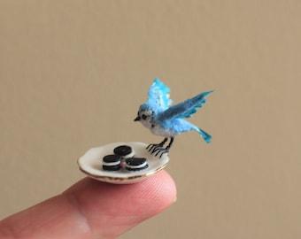 OOAK Mini Dollhouse Flocked Realistic BLUE JAY Bird Cookie Thief N Woolmer