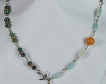 Green Rose Necklace, Wire wrapped necklace- Agate necklace - Ladies necklace
