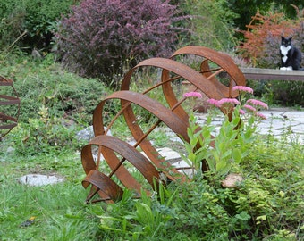 Pod Garden Sculpture, Rusted Metal Art, Seed Pod, Pointed Ellipse, Yard Art