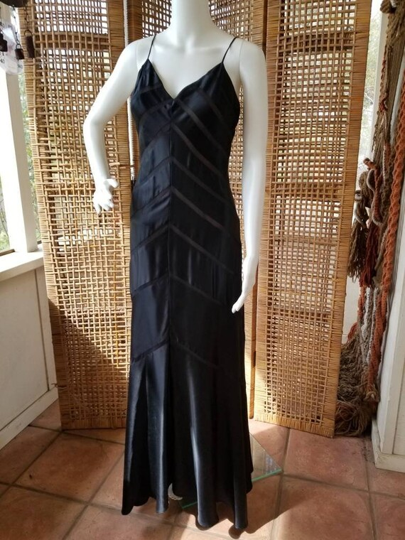 Beautiful black silk bias cut gown - image 3
