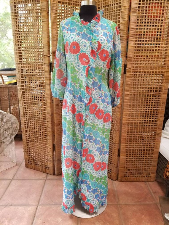 Sweet and sunny Loungecraft cotton robe