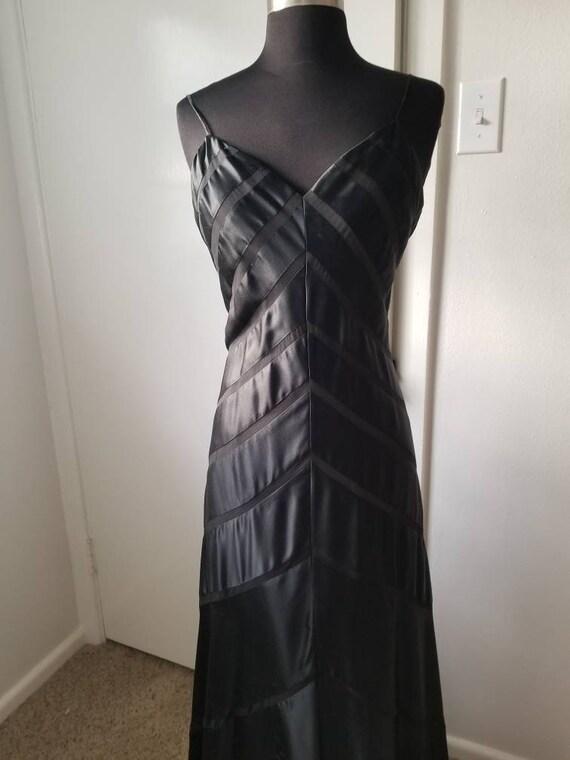 Beautiful black silk bias cut gown - image 5