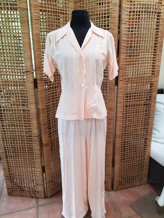 Gorgeous peach 1940s cold rayon pajama set by Barb