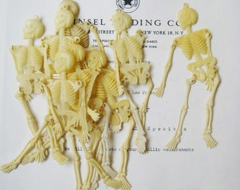 10 pcs  Vintage Halloween Plastic Skeletons - Movable Arms & Legs Original Stock