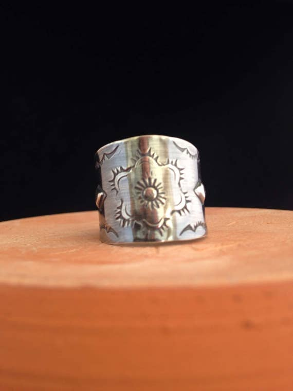 Handmade Jewelry, Southwestern Navajo Style Cigar band Ring Sterling Silver