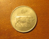 1971 Ireland 5 pence coin, bull depicted reverse,Irish world coin,lucky,harp,1970 39 s,collectible jewelry supply supplies decorative arts