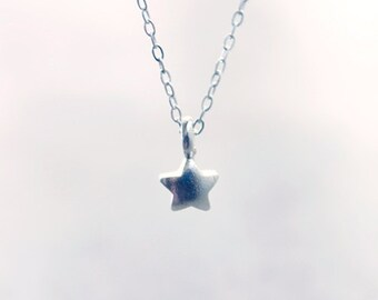 Tiny Silver Star Necklace - sterling silver pendant mother and daughter jewelry by petitor