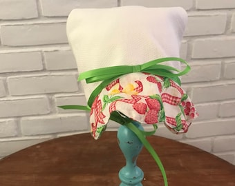 Toddler's Sun Bonnet, vintage inspired and made from all vintage cottons!