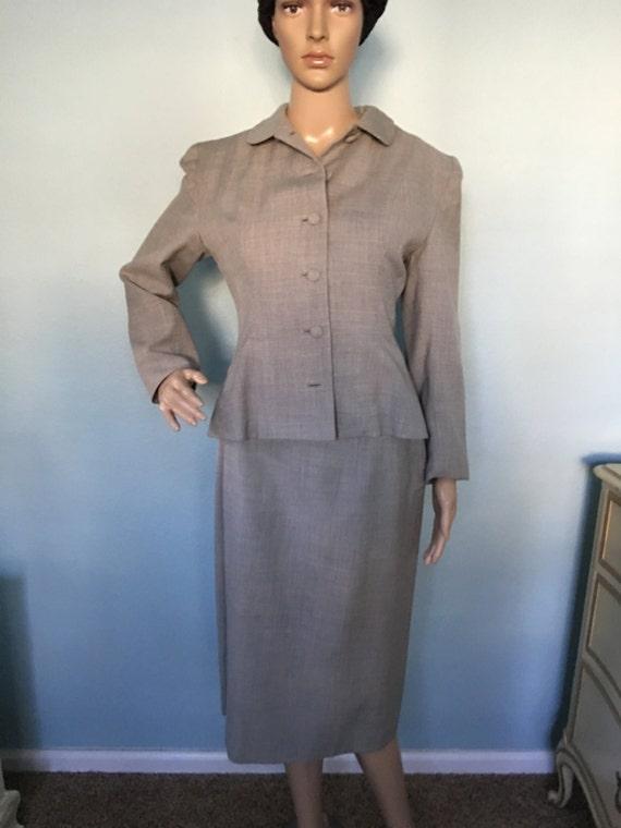 1940s Women's Gray Wool Women's Suit