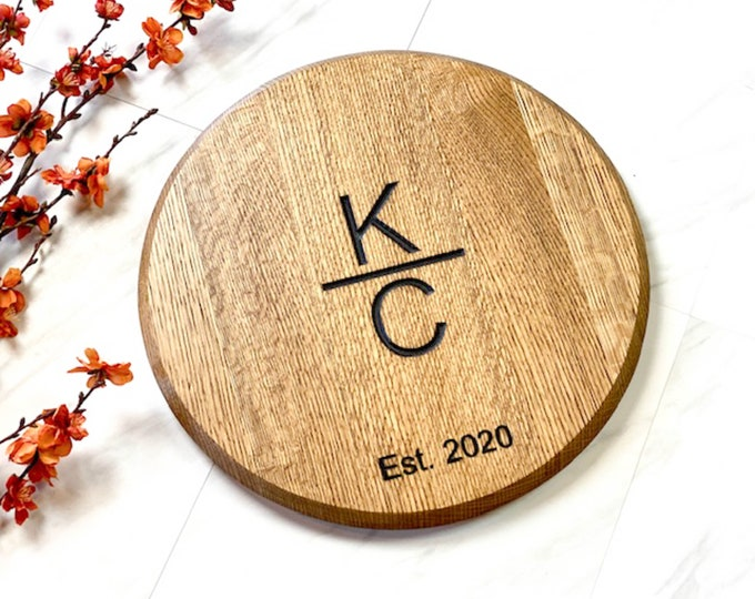 Personalized wine barrel lazy susan, Family name sign, Wedding gift, Brand gift, Anniversary gift, Monogram