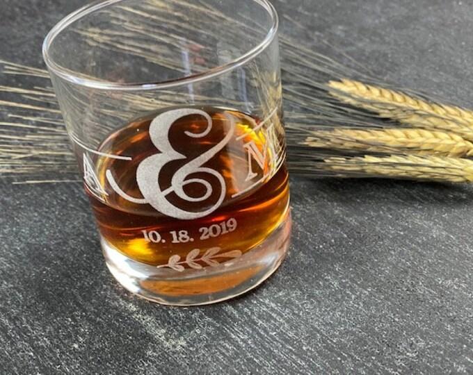 Whiskey Glass, Custom Whiskey Glass, Bourbon Glass, Bridal Shower Gift, Low Ball Glass, Groomsmen Gift, Wedding Gift for Couple,Personalized