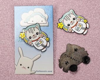 Cat Enamel Pin Kawaii Space Backpack Cute Animal Lapel Jacket Hard Metal Badge Lover Gift Flat Bonnie