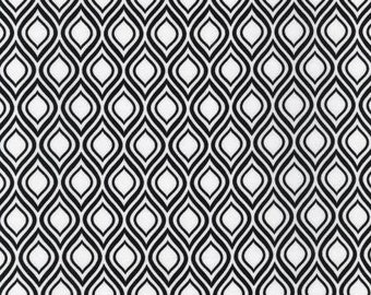 Metro Living-Iron-BTY-Robert Kaufman-Interlocking Rings-White B//G-OOP