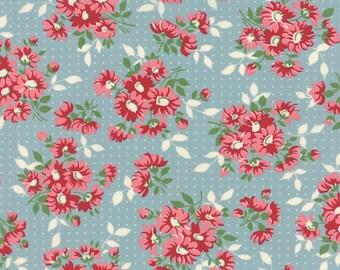 Bread N Butter - Flower Dots Light blue by American Jane from Moda