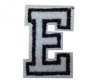 Buchstaben Initialen Alphabet ABC Bügelbild Patch Miniblings 5cm Buchstabe Y Basteln & Kreativität