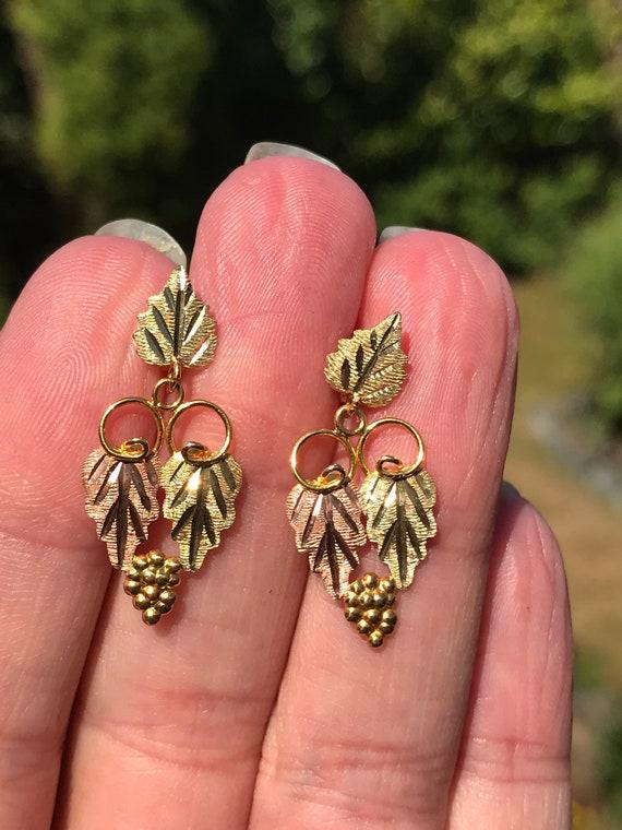 Landstrom Black Hills Gold Earrings in 10/14kT Gol