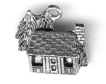 LOG CABIN Charm. Silver Plated. 3D With Pines. Cottage. Made in the USA. qst