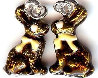 CHOCOLATE BUNNY Charm. Silver Plated Enamel. 3D Rabbit. Easter. Candy. One Bunny Only! dlt