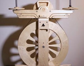 SpinOlution Monarch Spinning Wheel / Production Spinning Wheel