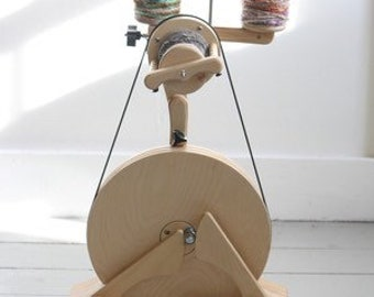 Spinolution Pollywog Spinning Wheel / Childrens Spinning Wheel