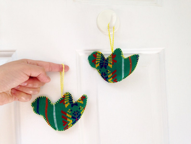 Bird Ornaments Christmas Tree Decoration Green Mexican wall image 0