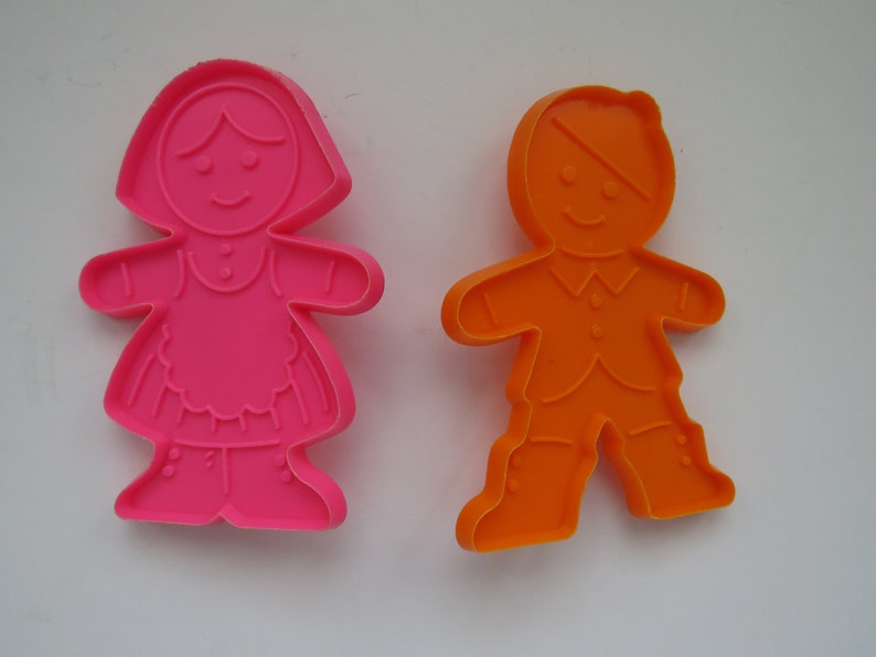 Vintage Hallmark Cookie Cutters Set Of 2 Boy And Girl Cookie Cutters Orange Pink Plastic Arts And Crafts Baking Birthday Parties