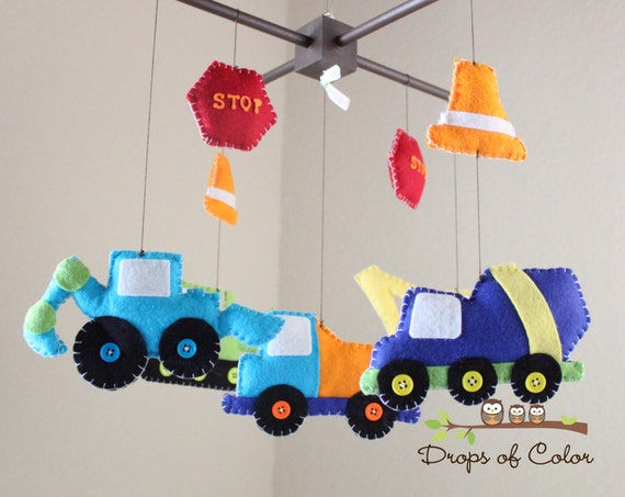baby crib mobile baby mobile construction truck mobile etsy. Black Bedroom Furniture Sets. Home Design Ideas