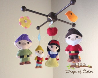 Snow White Mobile - Baby Mobile Baby Crib Mobile - Princess Mobile - Girl Nursery Room Decor - Disney Princesses Snow White Dwarfs