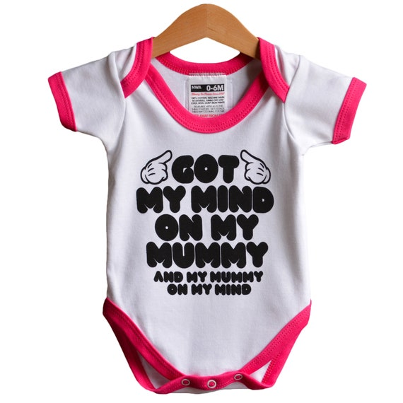 Got My Mind on my Mummy - Snoop Dogg style baby onesie (babygrow / romper)   Hip Hop baby gift  70's style Pink Ringer