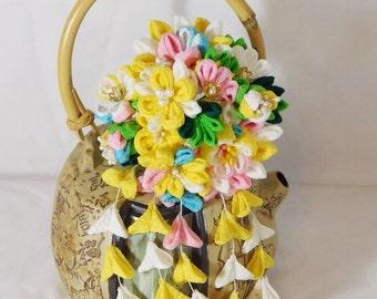 Multi Style Chirimen Tsumami Kanzashi Hair Pin Flower Bouquet Yellow White Pink with Shidare Falls and Bells