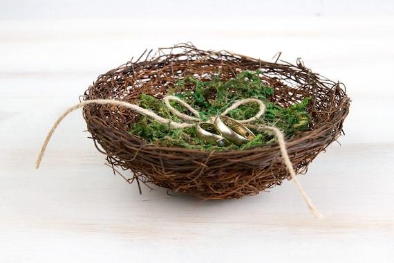 Wedding Ring Bearer Holder Bird Nest Box With Green Moss Rustic bird nest Natural Wedding Pillow Alternative Engagement Ring Box Ring Holder