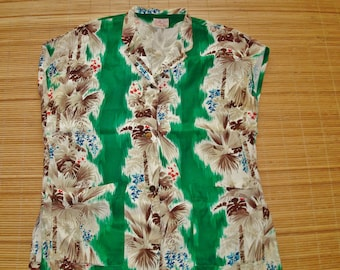 Ladies Vtg Hawaiian Tops