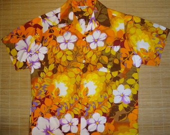 Mens Vintage 60s Wild Child Floral Hawaiian Luau Shirt - M - The Hana Shirt Co