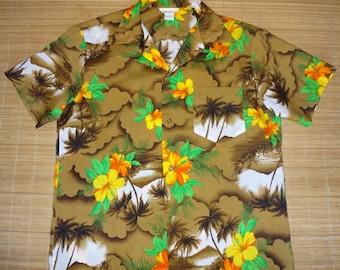 Vintage 70s Floral Palm Hawaii Aloha Hawaiian Shirt - L -The Hana Shirt Co
