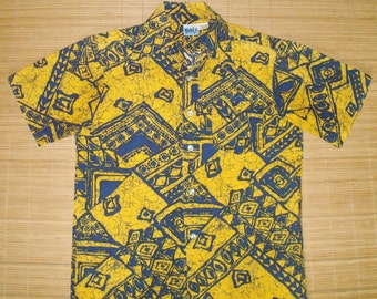 Mens Vintage 70s Hawaiian Surf Cotton Mod Tribal Tapa Aloha Shirt - S - The Hana Shirt Co
