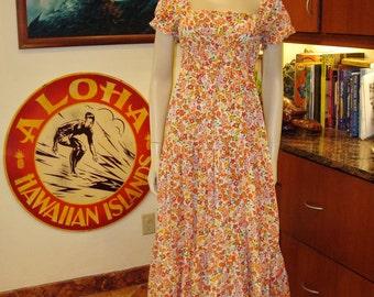 Ladies Vintage 70s JCPenney Hippie Prarie Festival Hawaiian Dress - S -  The Hana Shirt Co