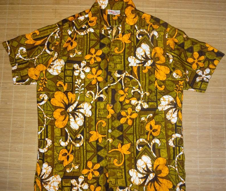 5f45ad81 Mens Vintage 60s Barefoot Hawaiian Aloha Shirt L The Hana | Etsy
