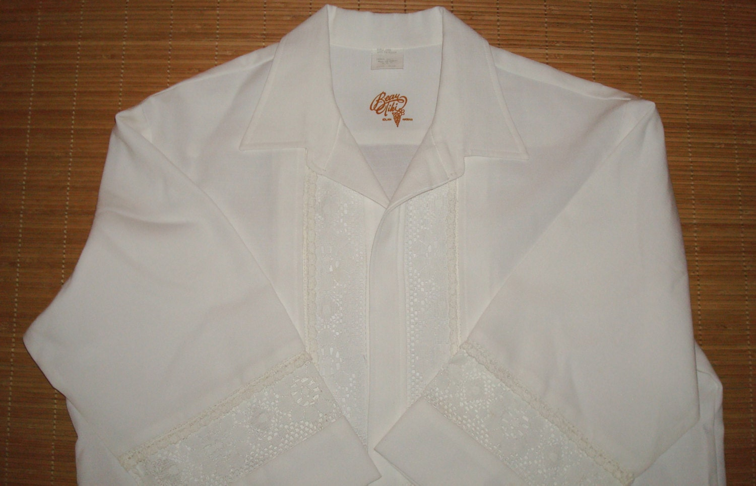 b00588ae Men's Vintage 70's Iolani Hawaiian Wedding Tuxedo Shirt - XL - The Hana  Shirt Co