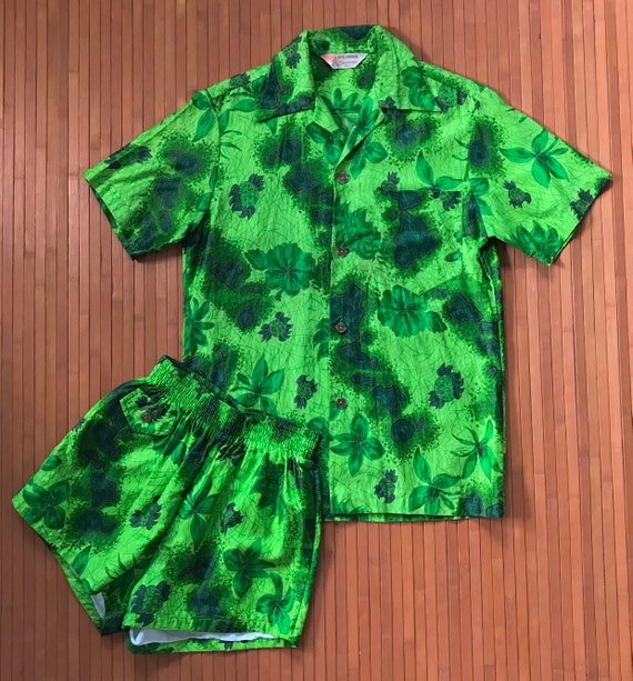 Men's Vintage 50s-60s Royal Hawaiian Green Islands