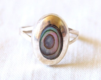Mexican Abalone Ring Size 6 .5 Vintage Oval  Sterling Silver Pink Ocean Mirror Made in Mexico