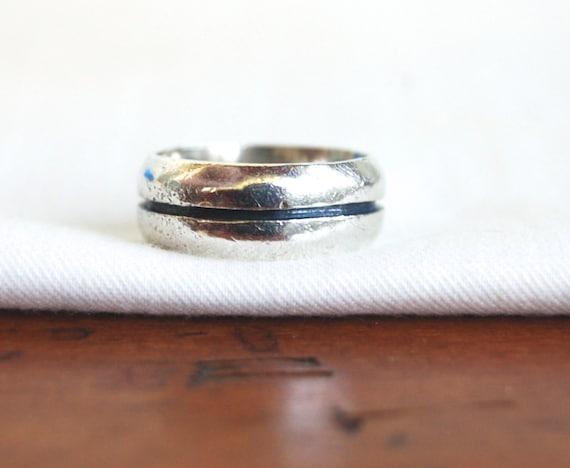 7 .25 ct Size Vintage statement Black Sapphire /& Ivory Enamel Stripe Sterling Silver Domed Band