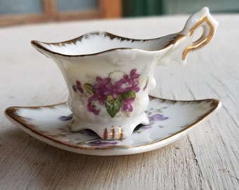 Vintage souvenir miniature china cup and saucer  Sidney Iowa