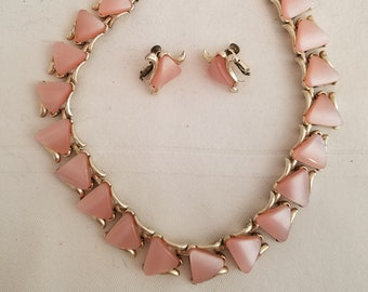 Vintage pink thermoset necklace and earrings