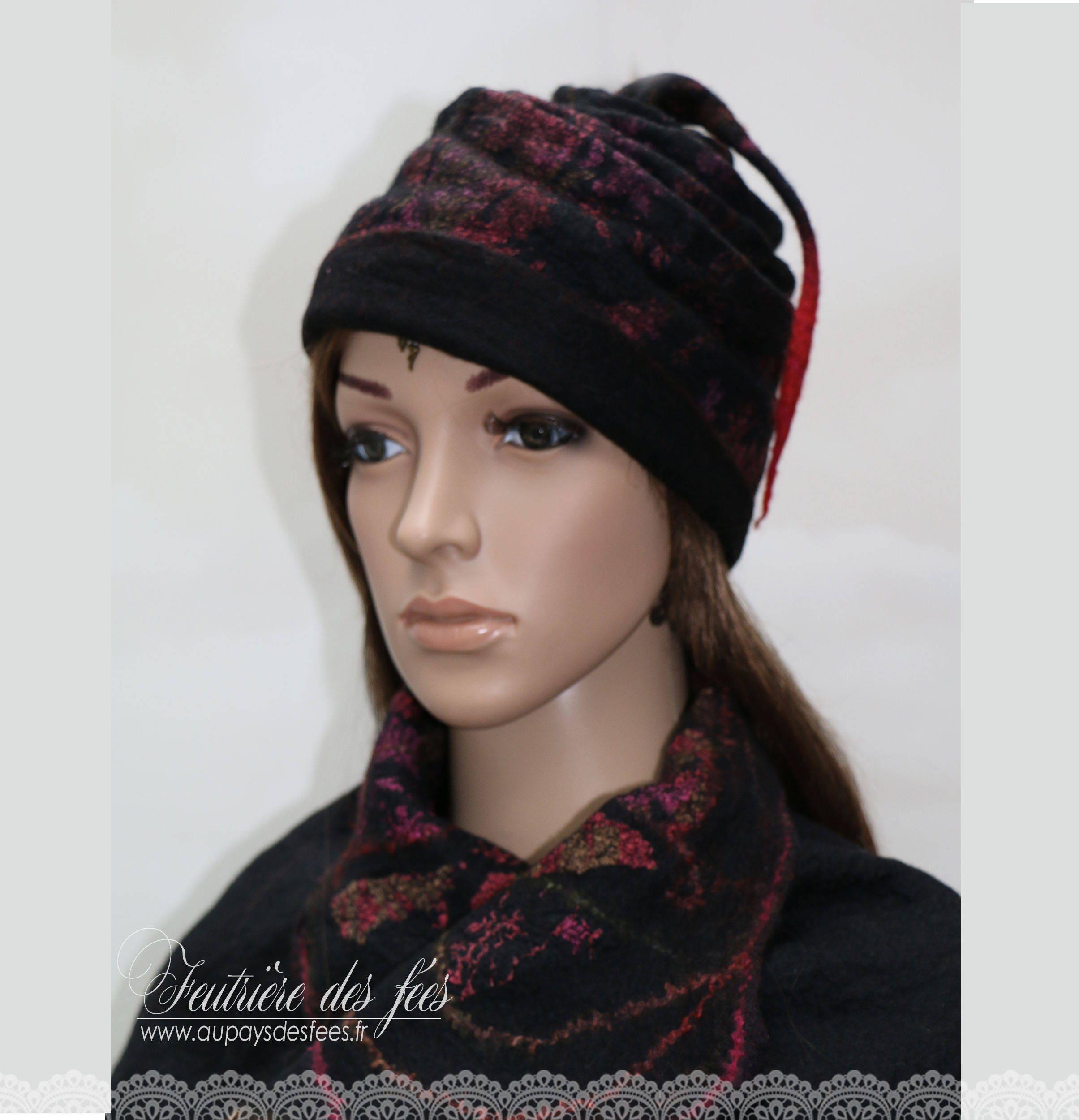 c1bf8b0b05c Winter Hat women felt silk pink black has the edge