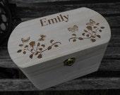 PERSONALIZED Kid 39 s Keepsake Box. Treasure Chest. Children 39 s Jewelry Box. Card Box For Weddings.
