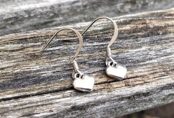 Tiny Heart Earrings. Silver. Wedding Gift, Bridesmaid, Mom, Anniversary Gift. Dangling