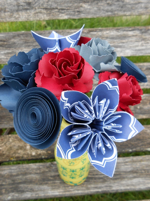 Mini Flower Bouquet, CHOOSE YOUR COLORS. Gift, First Anniversary, Birthday, Home Decor, Favor. Custom Orders Welcome.