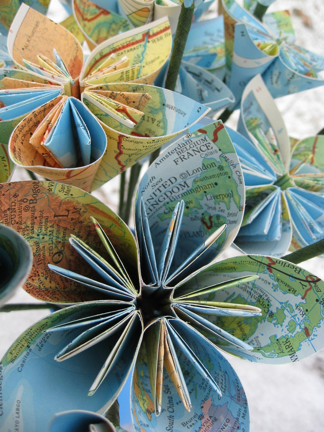 Vintage Map Paper Flower Bouquet World Map Origami Paper Flowers