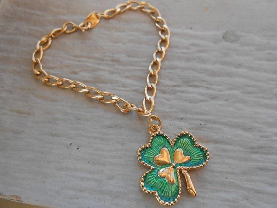 Vintage Shamrock Bracelet. Gold Tone, Enamel. St. Patrick's Day, Mother's Day, Bridesmaid Gift, Anniversary, Birthday.